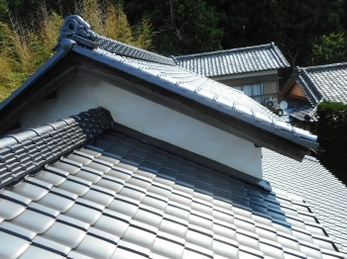栃木市 O様邸 屋根葺き替え、雨樋交換、外壁塗装事例