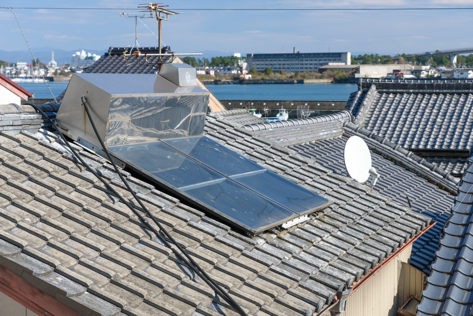 太陽光温水器撤去(処分費込み)